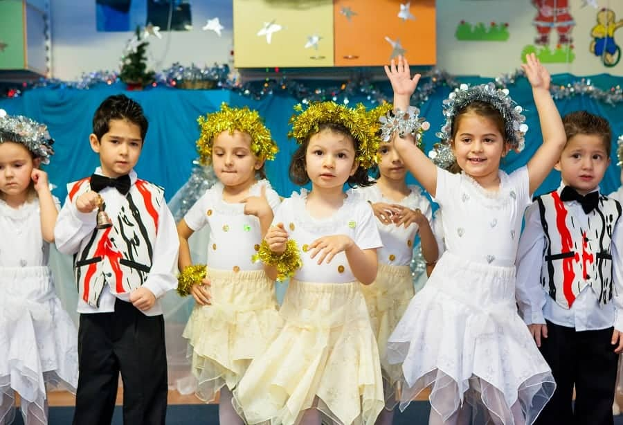 Коледно парти в Детската градина с Планета Хера